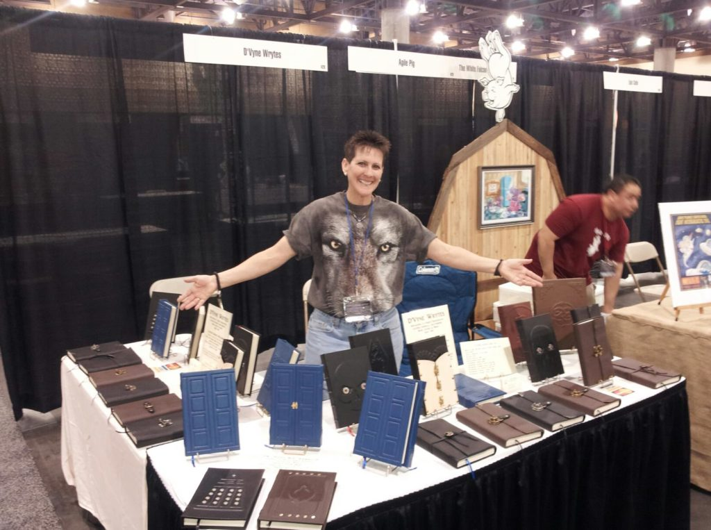 DVyne_Wrytes_Leather_Books_Phoenix_Comicon